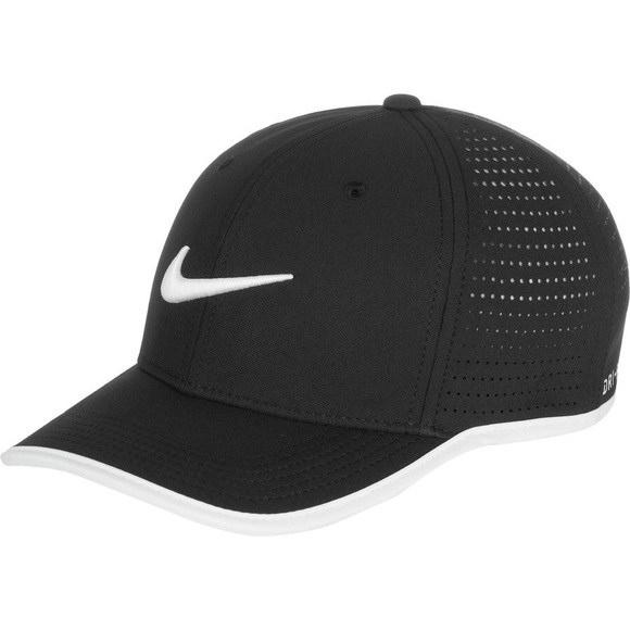 46225dc9aad NIKE  Black White Aerobill Classic 99 Hat 🥀. M 5af93925a44dbed35f276bf2